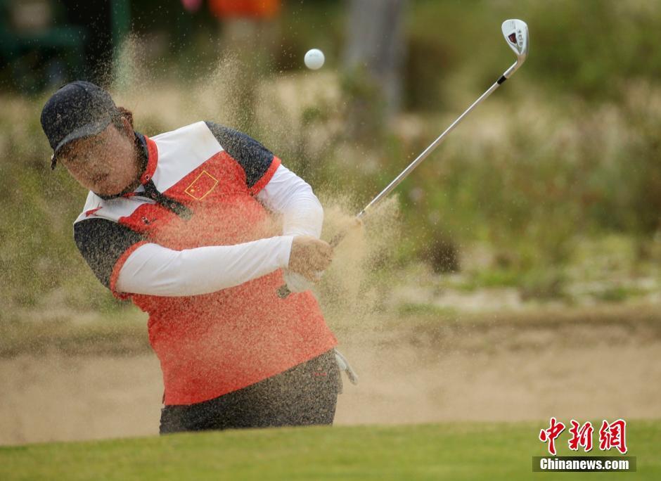 فنغ شان شان تحصل على الميدالية البرونزية في مسابقة الجولف للسيدات