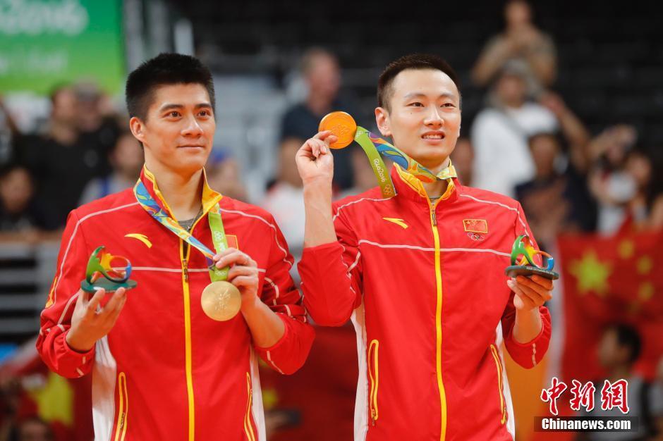 За две недели Олимпиады сборная КНР завоевала 22 золотых, 18 серебряных и 25 бронзовых медалей