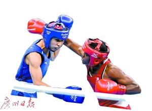 里约奥运拳击男子蝇量级半决赛,任灿灿0比3不敌亚当斯,无缘决赛