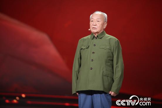 """胡正先:99岁老红军,通讯兵。""""我从小没有家,红军就是我家。"""""""