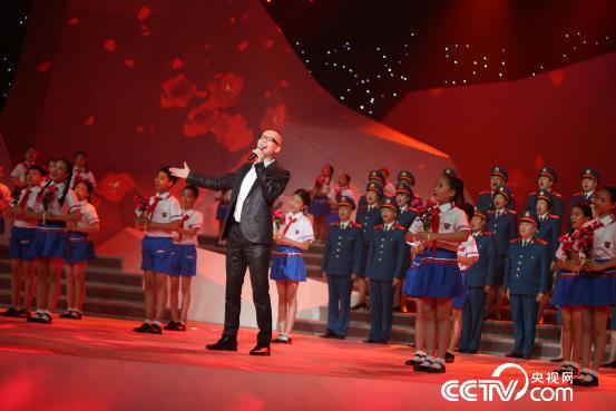 平安与北京开国将军合唱团倾情演绎《映山红》