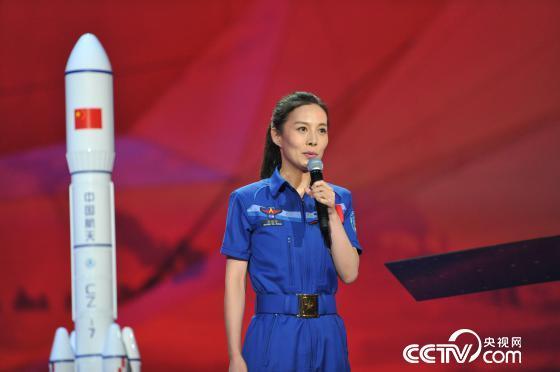 航天员王亚平讲述航天精神