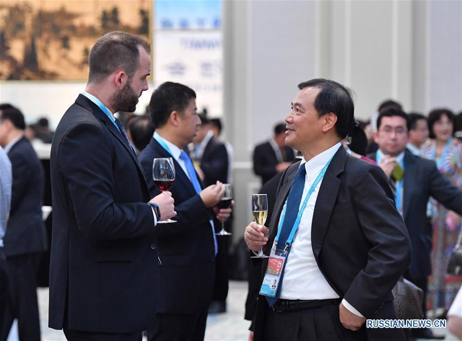 """Фуршет в честь открытия саммита """"Деловой двадцатки"""" в Ханчжоу"""