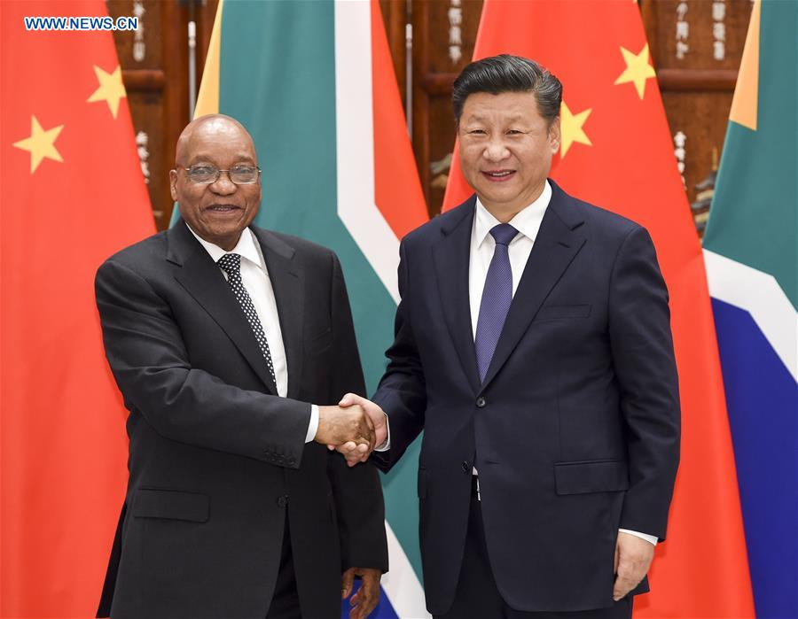 Chinese President Xi Jinping (R) meets with South African President Jacob Zuma who came to Hangzhou to attend the G20 Summit in Hangzhou, capital city of east China