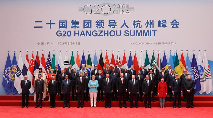 Си Цзиньпин выступил с предложениями по противодействию вызовам экономики