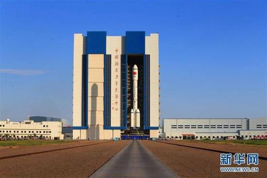 """Today marks the third day of preparations for the space lab Tiangong-2 and its carrier rocket """"Long March 2-F""""."""