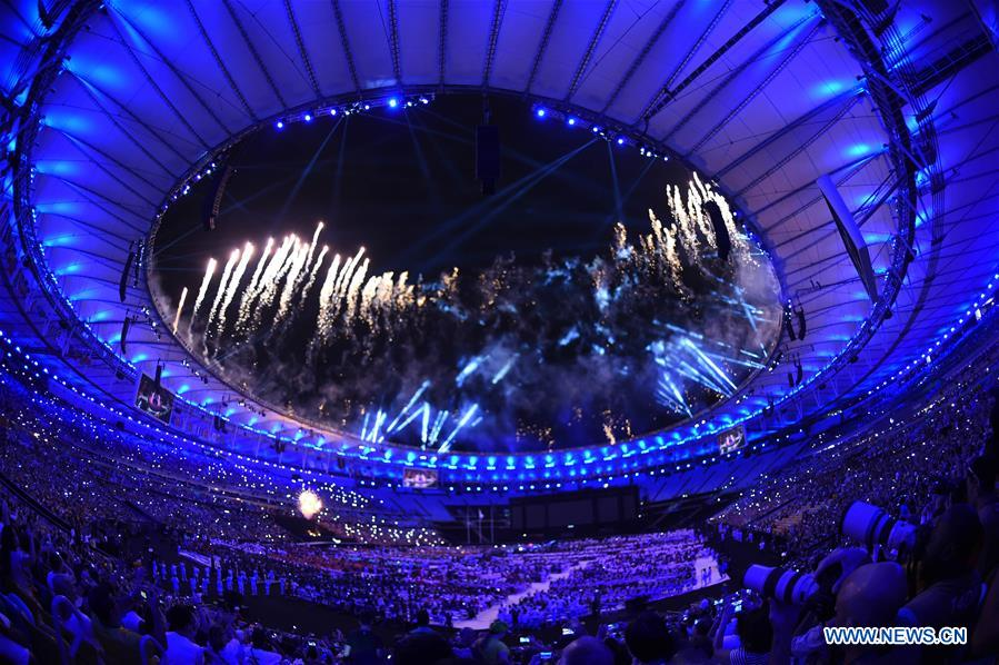 Photo taken on Sept. 18, 2016 shows the closing ceremony of the Rio 2016 Paralympic Games held in Maracana Stadium in Rio de Janeiro, Brazil. (Xinhua/Purbu Zhaxi)