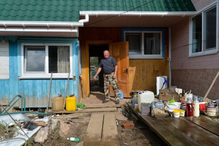 В Приморье объявлен набор в ремонтные бригады для восстановления разрушенных тайфуном домов
