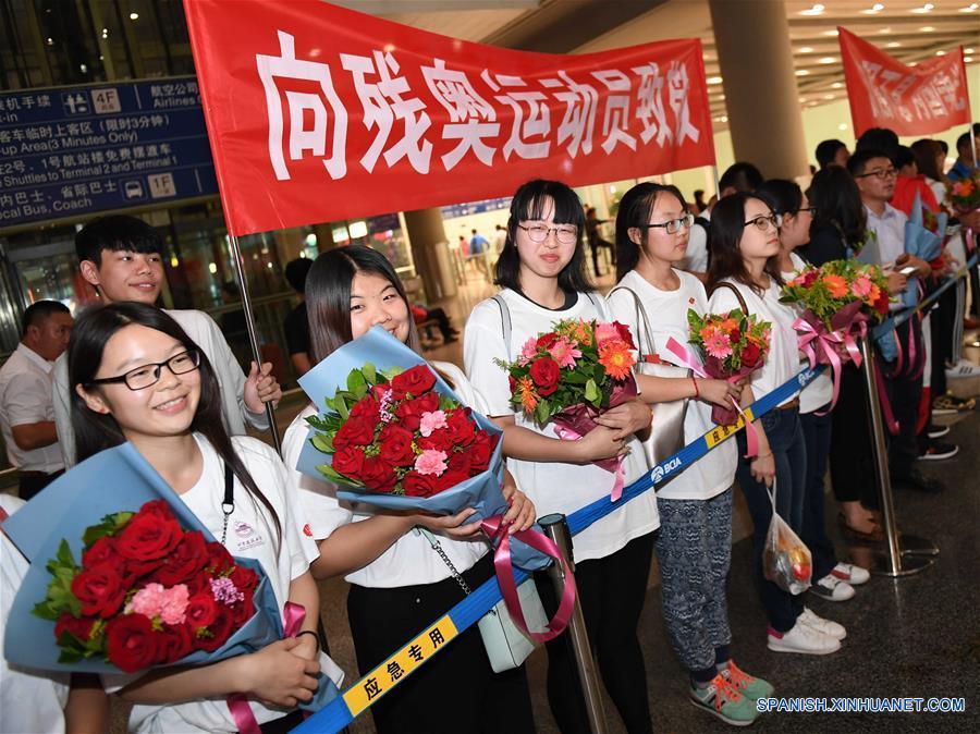 China envió a 307 atletas a los Paralímpicos de Río. Ganaron 107 medallas de oro y 239 en total, con lo que se ubicó como líder en ambas cuentas por cuarta ocasión consecutiva. Las redes sociales de China estuvieron inundadas de elogios para los atletas paralímpicos y para su dura labor en el entrenamiento.(Xinhua/He Changshan)