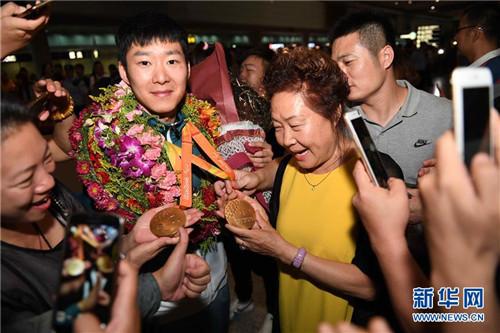 Паралимпийская сборная Китая вернулась на родину