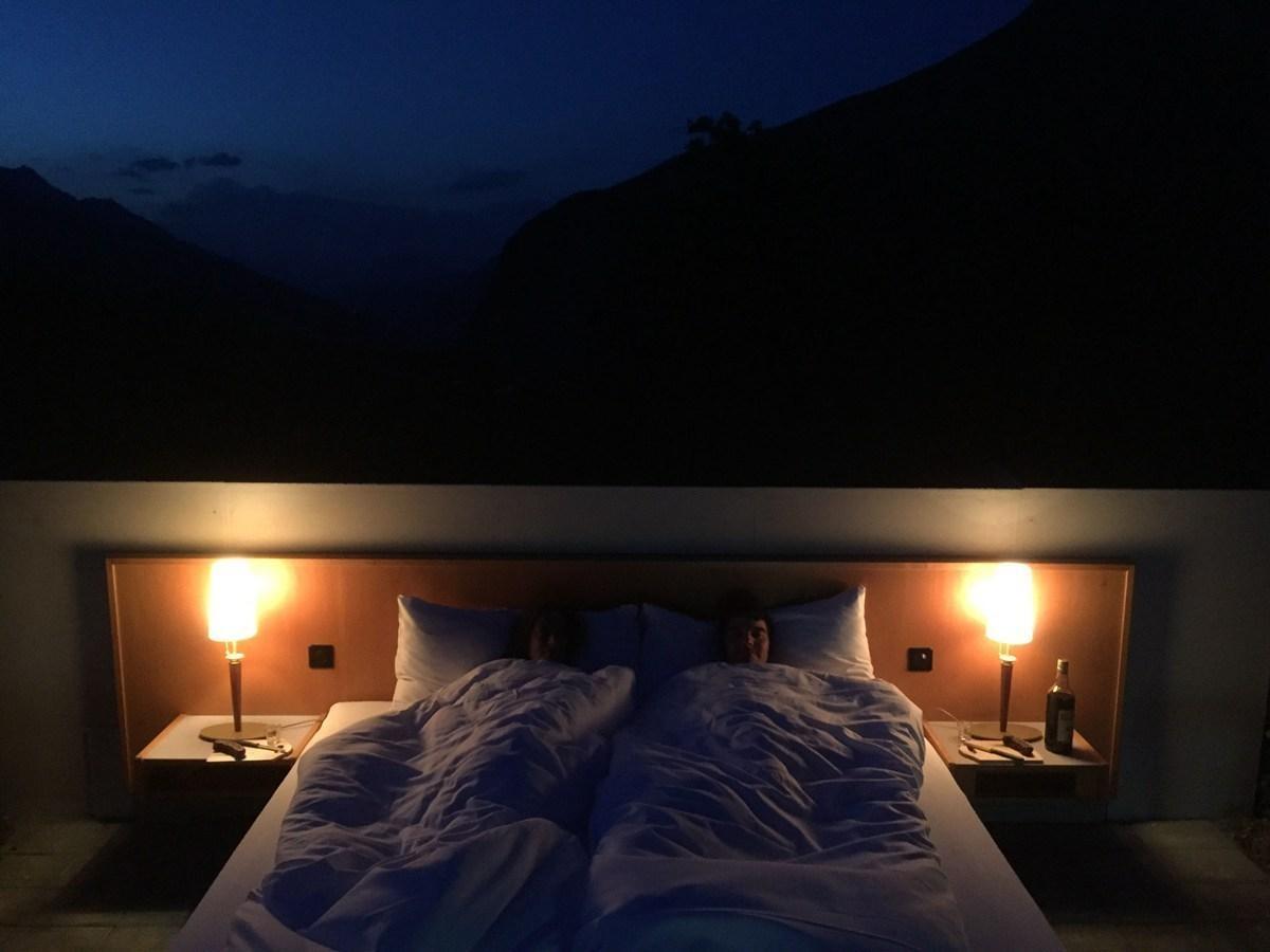 افتتاح أول فندق بلا سقف ولا جدار في سويسرا