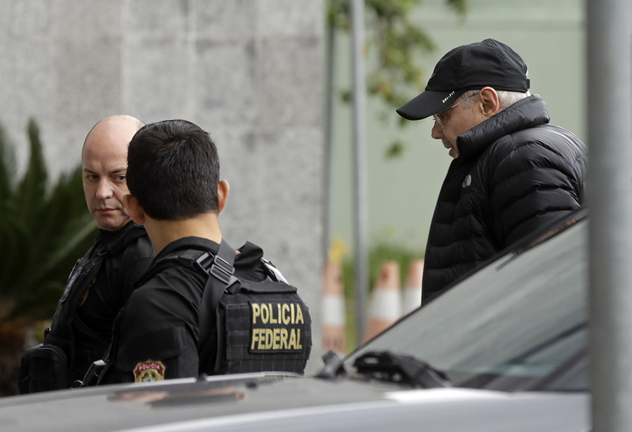 Policía de Brasil arresta al ex ministro de Finanzas Mantega