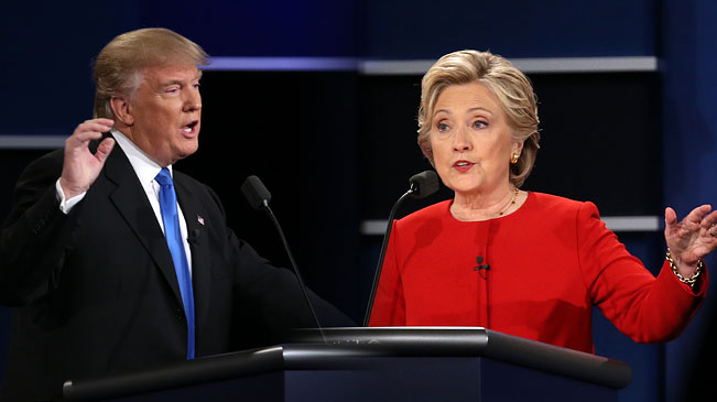 Democrat Hillary Clinton (R) and Republican Donald Trump attend their first presidential debate in Hempstead of New York, the United States, Sept. 26, 2016. Hillary Clinton and Donald Trump on Monday held their first presidential debate in Hempstead.