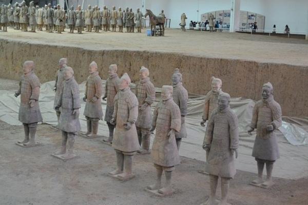 تعرف على سر جيش التيراكوتا المدمر في مدينة شيآن الصينية
