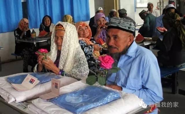 زواج مسن في الـ71 بإمرأة في عمرها 114 سنة