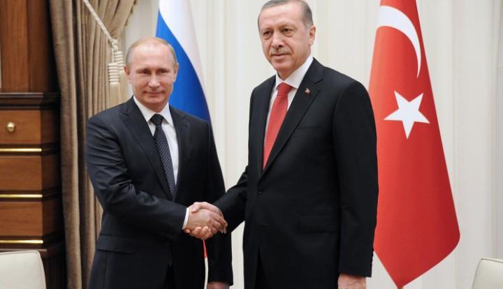 Владимир Путин начал визит в Турцию и встретился с Эрдоганом