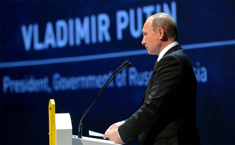 Путин высказался за сделку с ОПЕК по ограничению добычи нефти
