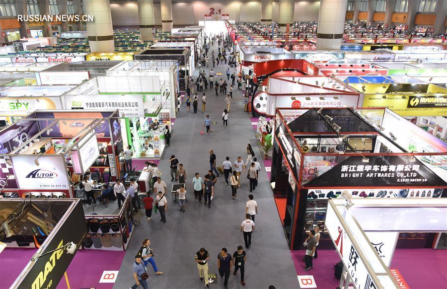 В Гуанчжоу открылась Китайская ярмарка импортных и экспортных товаров