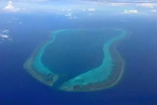△中国南海黄岩岛(资料图)