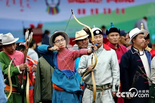 В китайской столице прошел 36-й Пекинский Надом, праздник традиционных монгольских видов спорта