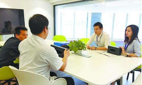 大赛还设置了企业人才招聘,参赛团队直接面试。
