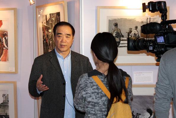 Сунь Июй, Коллекционер, организатор выставки