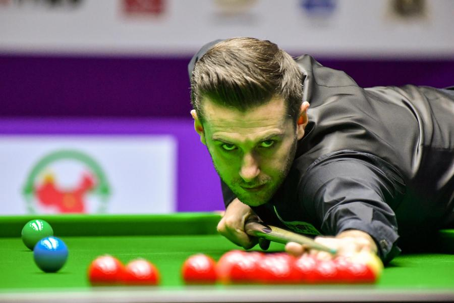 Selby crushes Ding 10-1 in Daqing International Championship final Mark Selby of England plays a shot against Ding Junhui of China in their match during the World Snooker International Championship 2016 in Daqing city, Northeast China