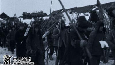"""""""东影""""时期拍摄新闻纪录片《民主东北》"""