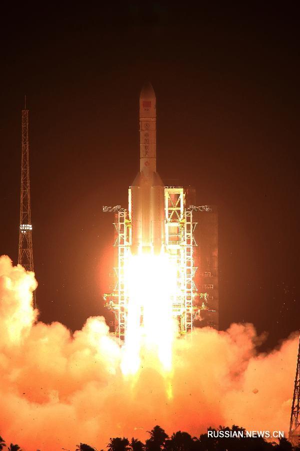 """С космодрома Вэньчан запущена китайская ракета-носитель """"Чанчжэн-5"""""""