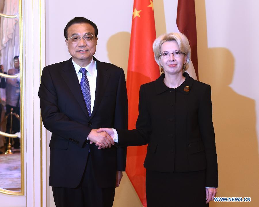 La visite du PM chinois donne un nouvel élan à la coopération sino-lettonne (PAPIER GENERAL)