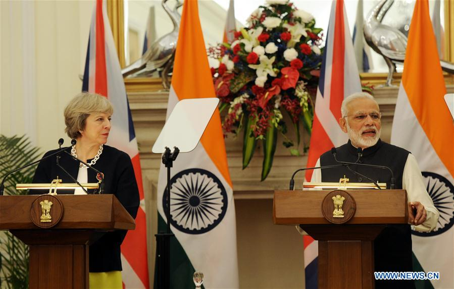 Indian Prime Minister Narendra Modi (R) and visiting British Prime Minister Theresa May attend a joint press conference at Hyderabad House in New Delhi, India, Nov. 7, 2016. British Prime Minister Theresa May arrived in New Delhi late Sunday night on a three-day trade-focused visit aiming at bolstering bilateral ties in the key areas of trade, investment, defence and security. (Xinhua/Partha Sarkar)
