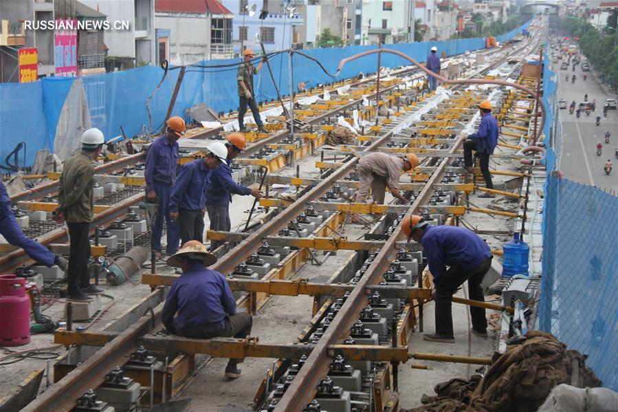 Строительство первой во Вьетнаме линии легкорельсового транспорта с китайским участием идет полным ходом