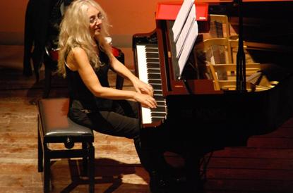 吉达•布塔钢琴音乐会启动
