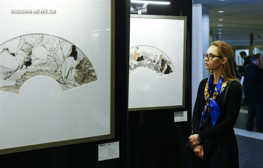 В штаб-квартире ЕС открылась выставка китайских расписных вееров