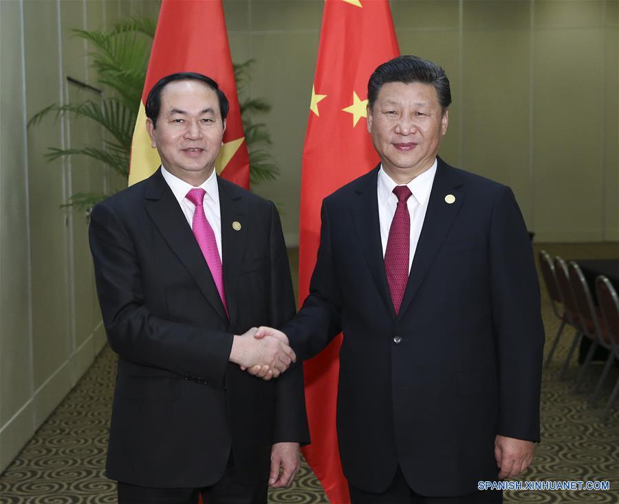 Presidente chino sostiene que China apoya a Vietnam para organizar reuniones de APEC 2017