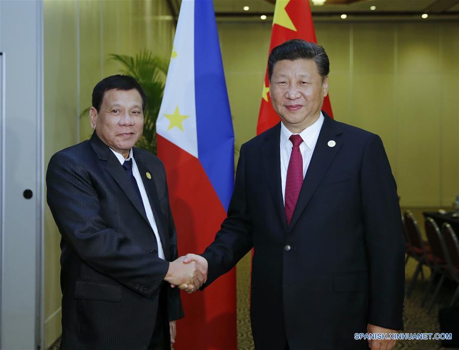 Xi y Duterte acuerdan mejorar relaciones e impulsar cooperación