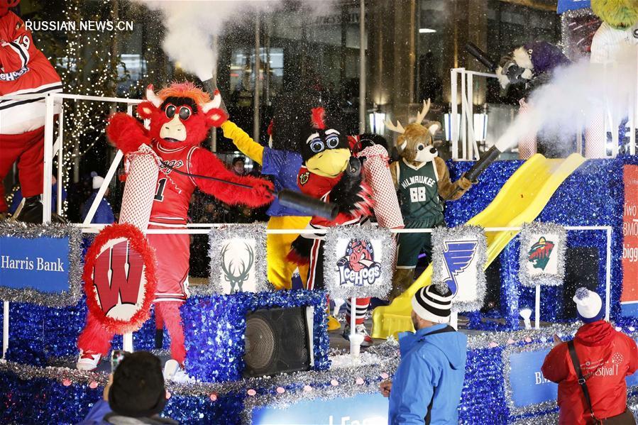 Парад Фестиваля огней на Великолепной миле в Чикаго