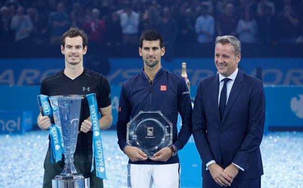 Murray se impone en la final a Djokovic por 6-3 y 6-4