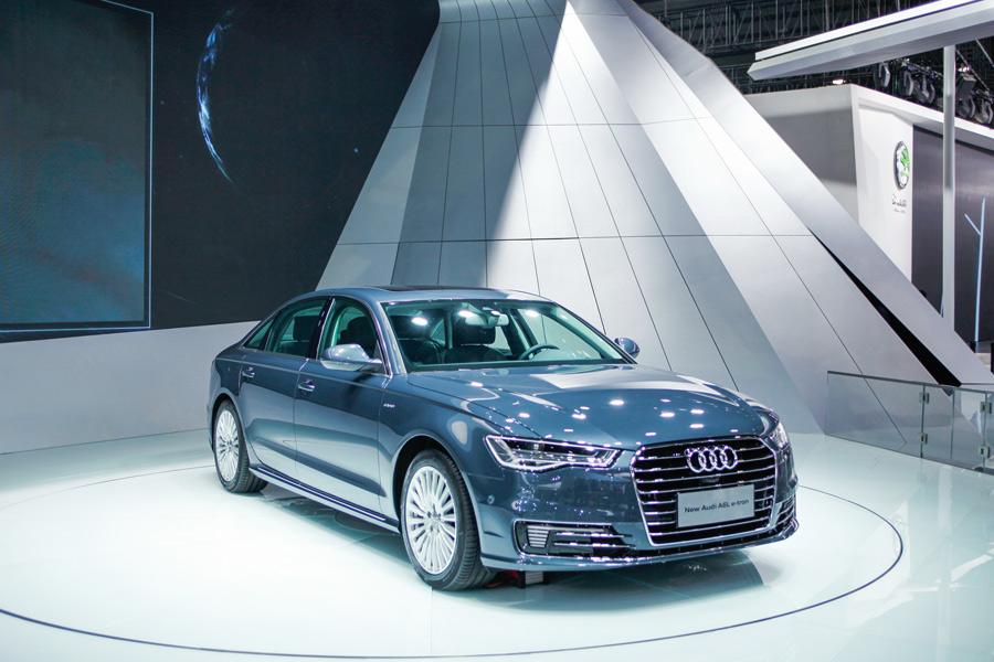 В Гуанчжоу проходит международный автосалон