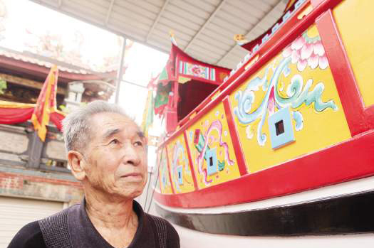 有了继承人,钟庆丰感到很欣慰。