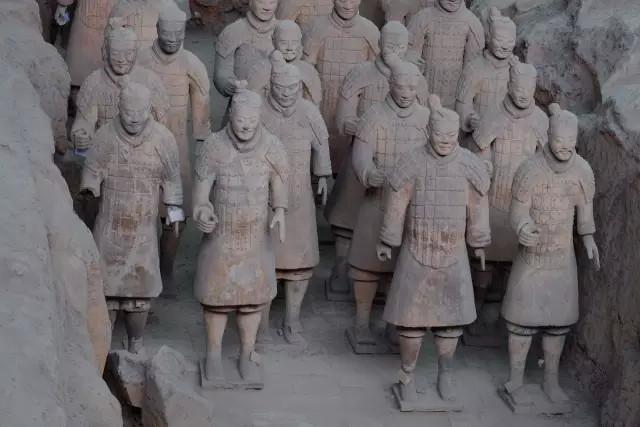 Plus de 400 tombeaux découverts avec des sacrifices humains pour l