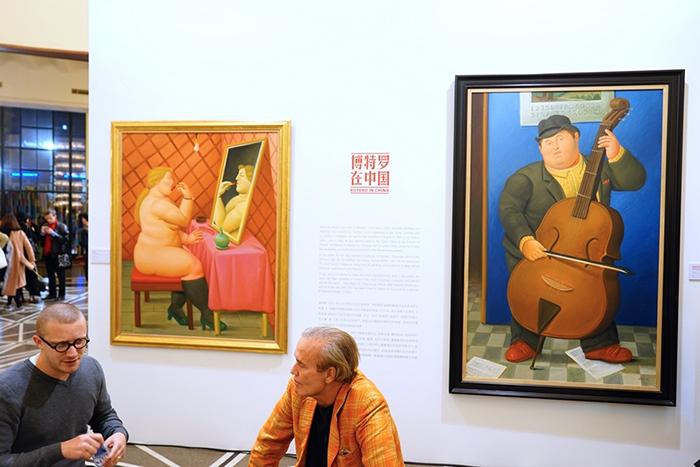 В Шанхае одновременно работают три выставки-ярмарки совеременного искусства