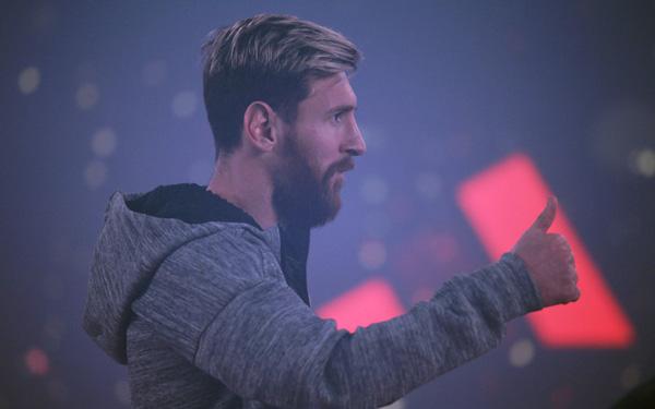 Fútbol: Astro argentino messi asegura que el Barcelona no depende de él