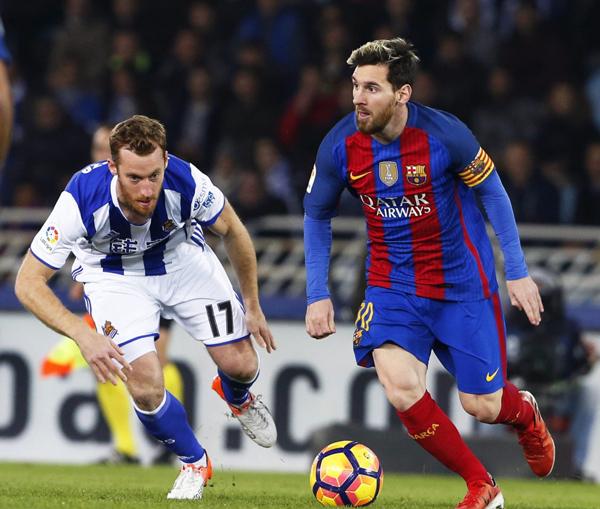 Fútbol: El Barcelona empata (1-1) en Anoeta antes de recibir al Real Madrid