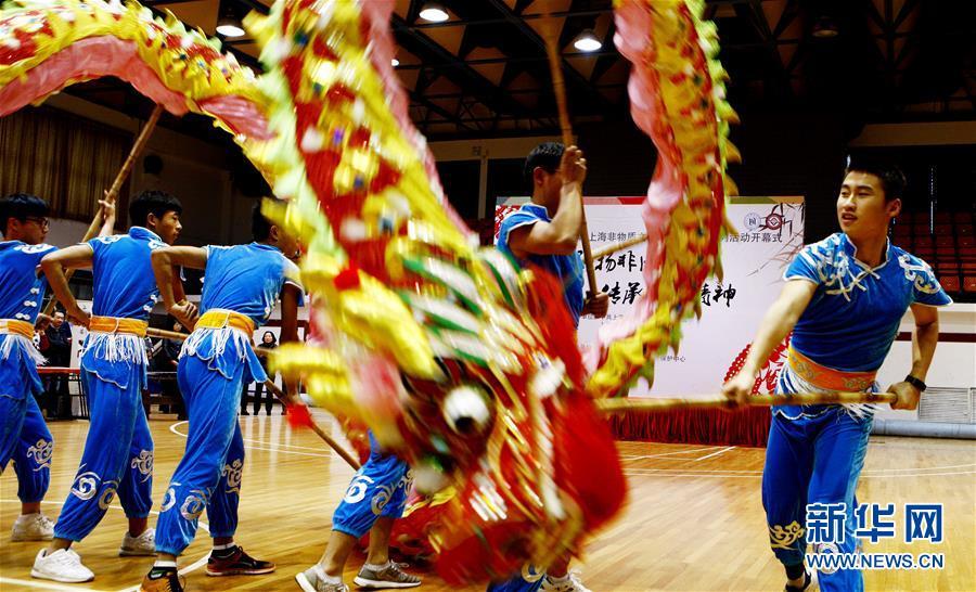 В университеты Шанхая вводят курсы традиционных ремесел