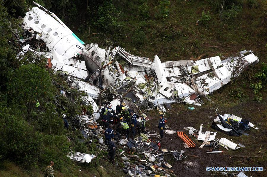 El balance oficial es de 71 muertos y 6 supervivientes