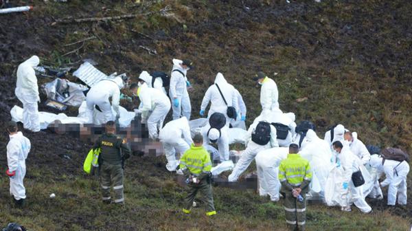 Confirman 71 muertos y 6 sobrevivientes en accidente aéreo de Medellín