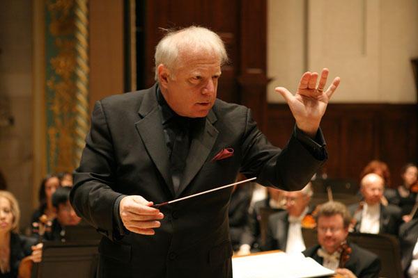 世界著名的指挥家、底特律交响乐团音乐总监伦纳德·斯拉特金