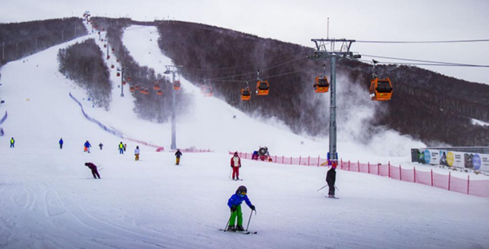 """Горнолыжный курорт """"Тайву"""" в провинции Хэбэй получил премию World Ski Awards"""