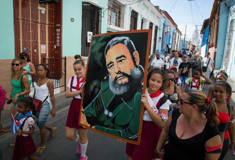 Похороны лидера кубинской революции пройдут в городе Сантьяго-де-Куба